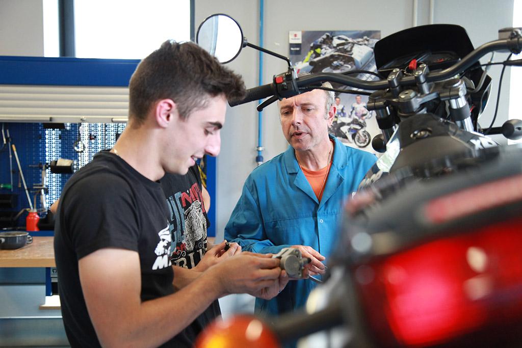 Apprentis motocycle